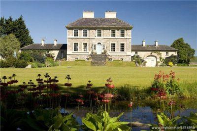 Ballyneale Castle